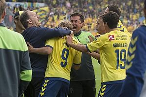 Alexander Zorniger, cheftr�ner (Br�ndby IF), Teemu Pukki (Br�ndby IF), Christian N�rgaard (Br�ndby IF)