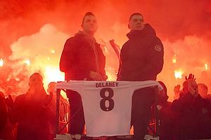 FCK-fans hylder Thomas Delaney (FC K�benhavn)
