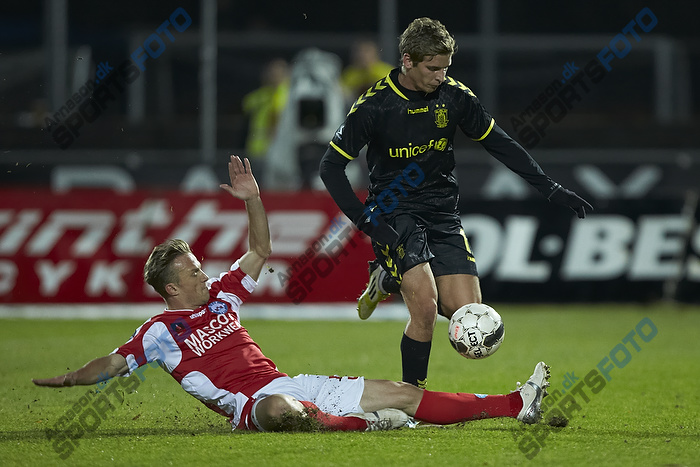 Jens Larsen (Br�ndby IF), Christopher Poulsen (Silkeborg IF)
