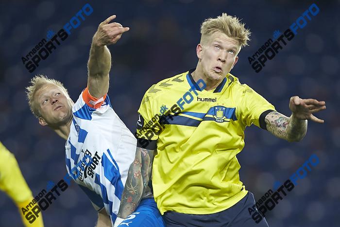 Anders M�ller Christensen, anf�rer (Ob), Simon Makienok Christoffersen (Br�ndby IF)