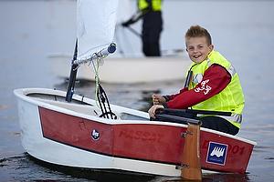 Tr�ning i Frederikssund/Marb�k Juniorsejlcenter