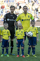 Frederik R�nnow (Br�ndby IF), Daniel Agger, anf�rer (Br�ndby IF)