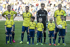 Jesper Lindorff Juelsg�rd (Br�ndby IF), Frederik Holst (Br�ndby IF), Frederik R�nnow (Br�ndby IF), Daniel Agger, anf�rer (Br�ndby IF)